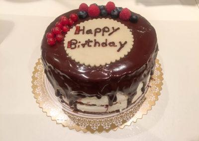 "Mini-Törtchen ""Happy Birthday"""