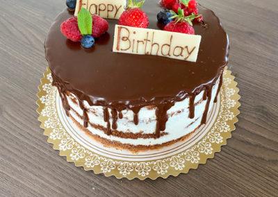 Naked Cake mit Trip zum Geburtstag