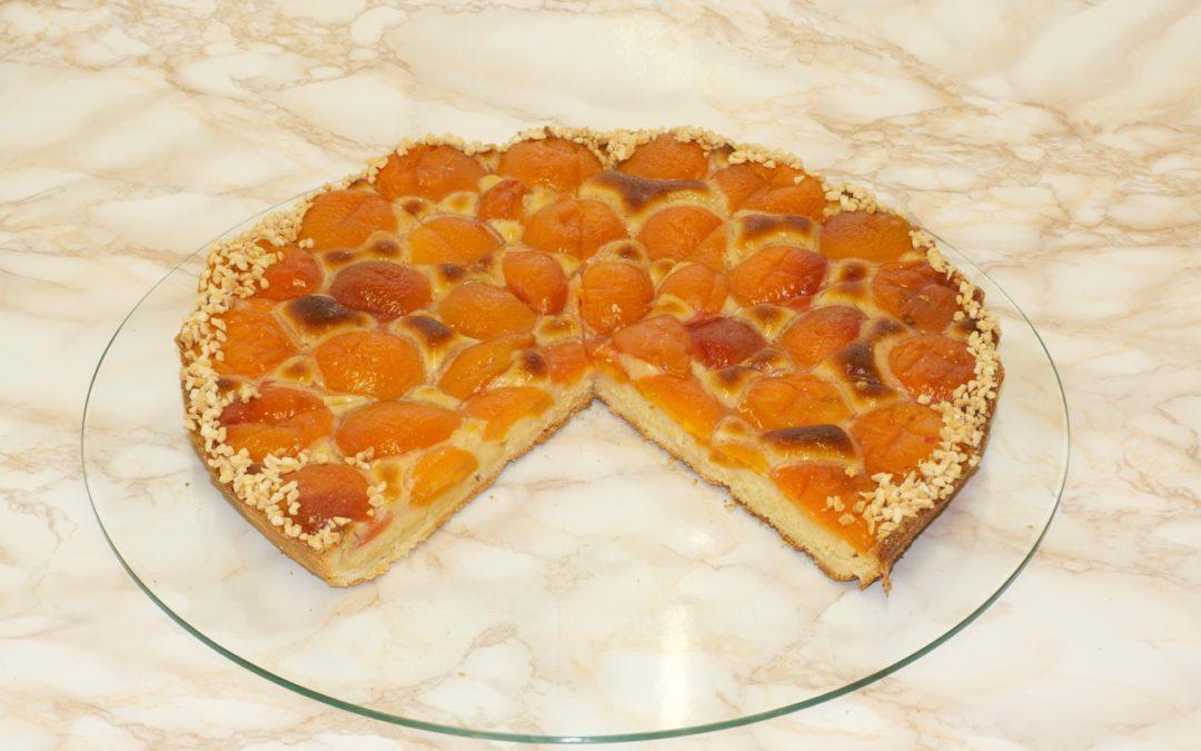 Mailänder Aprikosenkuchen